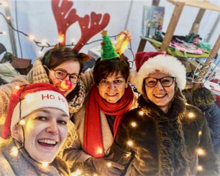 Ambiance tijdens de kersthappening in Zelzate